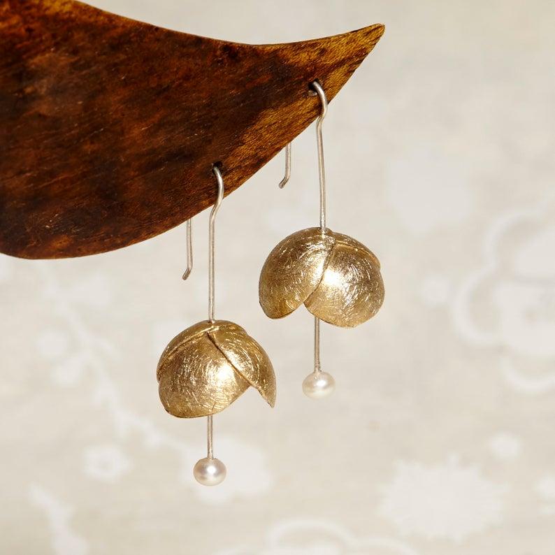 Pendientes de bronce naturaleza pequeña flor perla de agua dulce,
