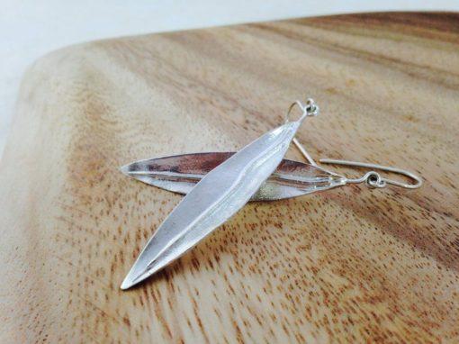 Pendientes largos de plata de ley, articulados hojas de olivo Moderno Hecho a mano