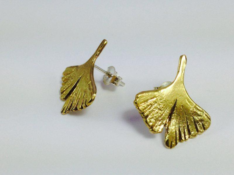 iongoviloba-pendientes-handmade-dorados bronce hecho a mano Barcelona local