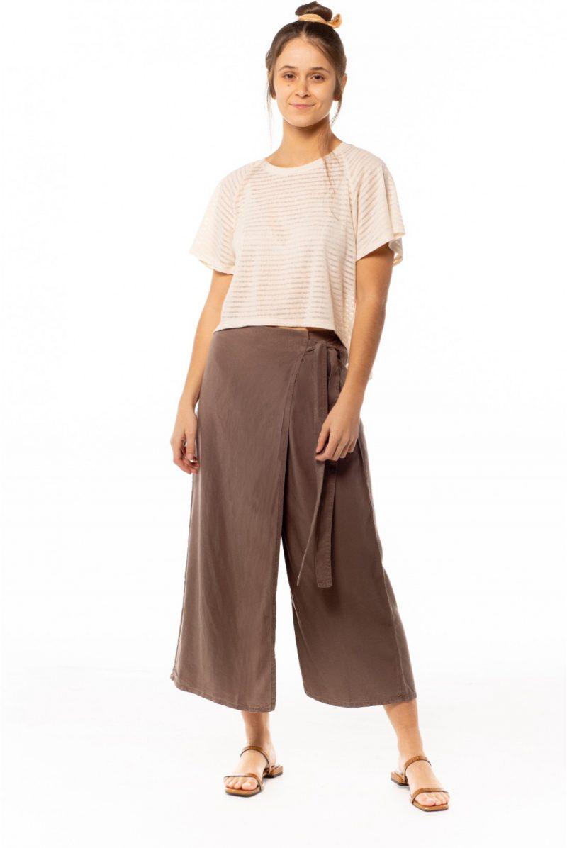 Camiseta listada trasnparente crema, Tienda online comprar ropa ecológica y moda sostenible al mejor precio.